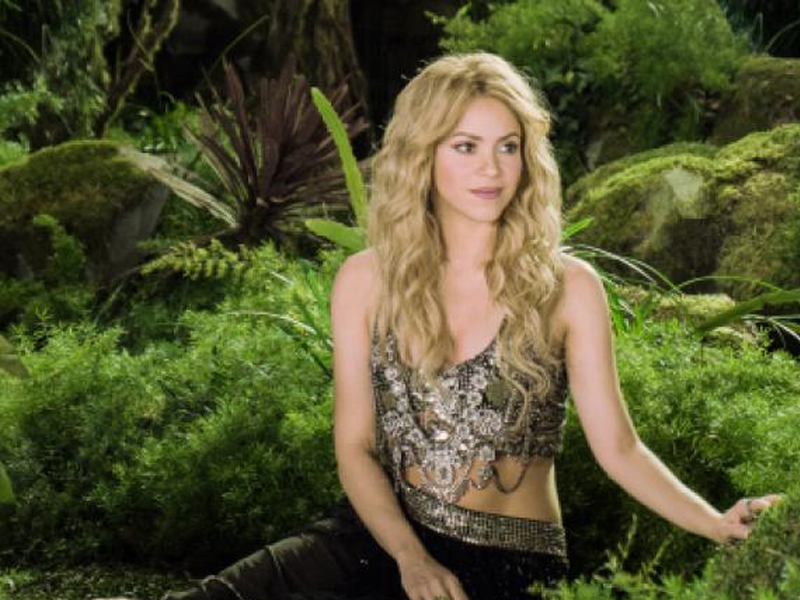 Activia-Commercial-campaign-with-Shakira-'-Dare-to-feel-good'